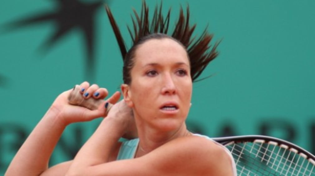 There were wins for top seed Jelena Jankovic and Briton Mel South at the WTA tier 2 event in LA on Wednesday.