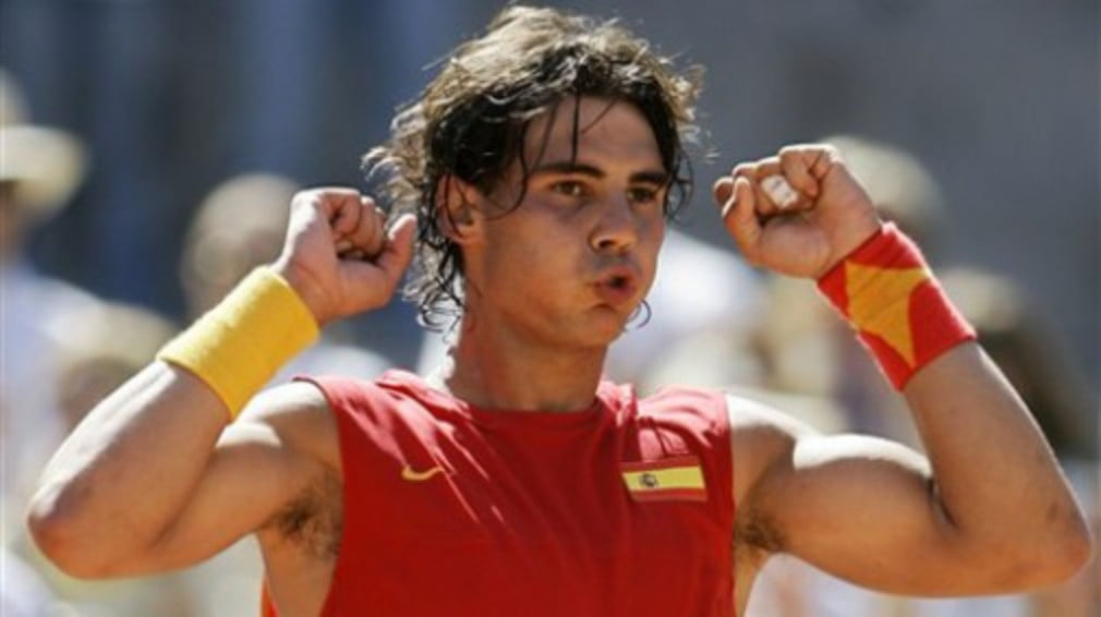 The world No.1 puts Andy Roddick to the sword in Madrid