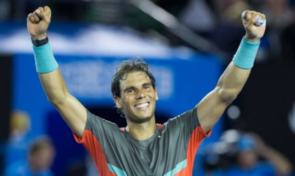 Rafael Nadal remained on course for a 14th Grand Slam title after he defeated Roger Federer in straight sets to reach the Australian Open final for a third time