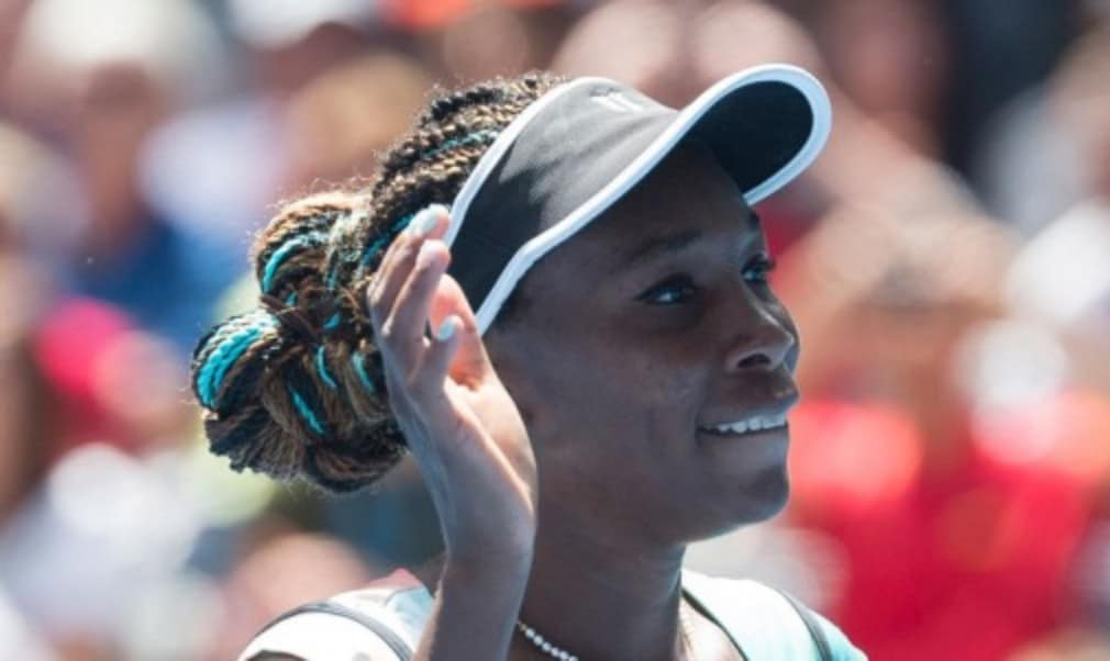 Venus Williams continued her love affair with Dubai as she lifted her third title at the Dubai Duty Free Tennis Championships Š—– her biggest title in four years