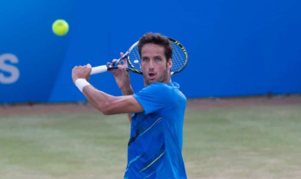 Feliciano Lopez said he was born to play serve-and-volley tennis after reaching the semi-finals of the Aegon Championships at The QueenŠ—Ès Club