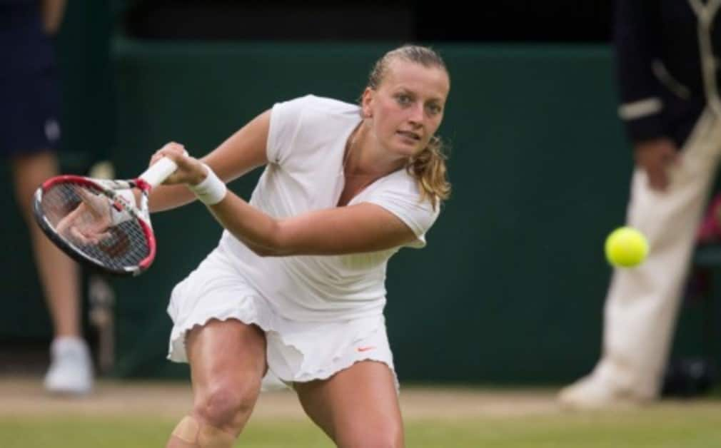 Petra Kvitova and Simona Halep both hope to be fit for Wimbledon after withdrawing from their matches in Eastbourne and sŠ—È-hertogenbosch respectively