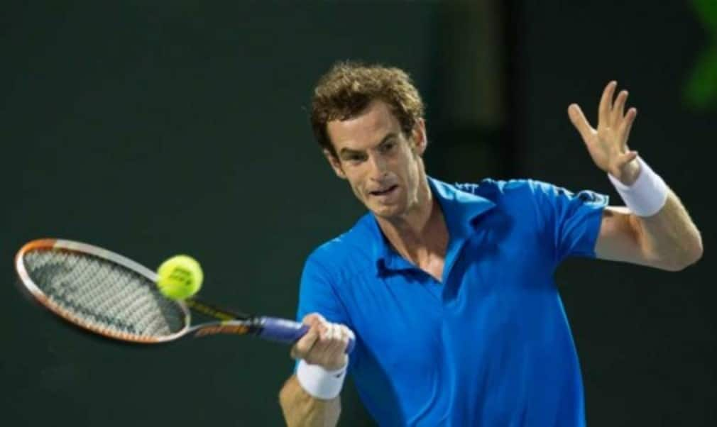 Roger FedererŠ—Ès hopes of winning an 18th Grand Slam title were given a boost as Andy Murray was drawn in Novak DjokovicŠ—Ès section of the US Open draw