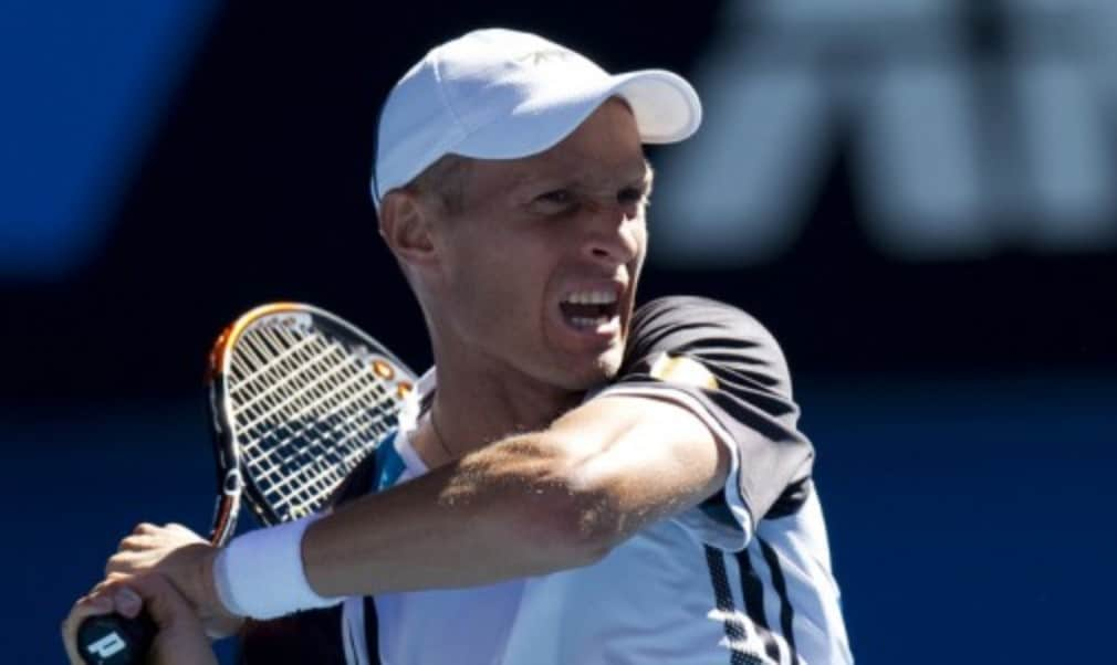 Former ATP World Tour Finals winner Nikolay Davydenko announced his retirement from tennis at a press conference at the Kremlin Cup in Moscow.
