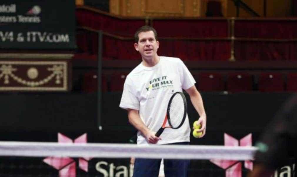 Tim Henman described Roger Federer as the best player he ever faced in his career and paid tribute to Stefan Edberg for helping to evolve FedererŠ—Ès game.