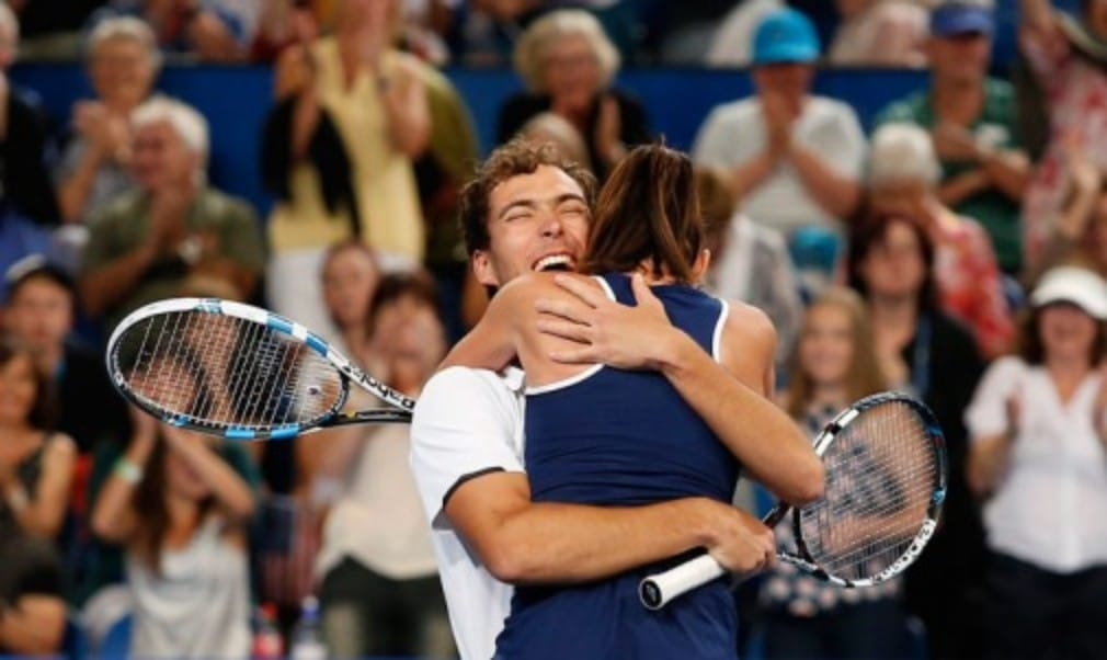 Poland became the thirteenth nation to win the Hopman Cup  when Agnieszka Radwanska and Jerzy Janowicz defeated the USA