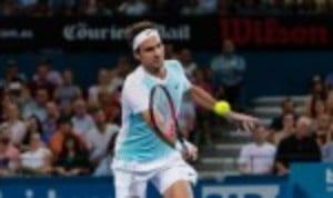 Roger Federer kicked off his 2016 season in impressive fashion with a straight sets victory at the Brisbane International on Thursday