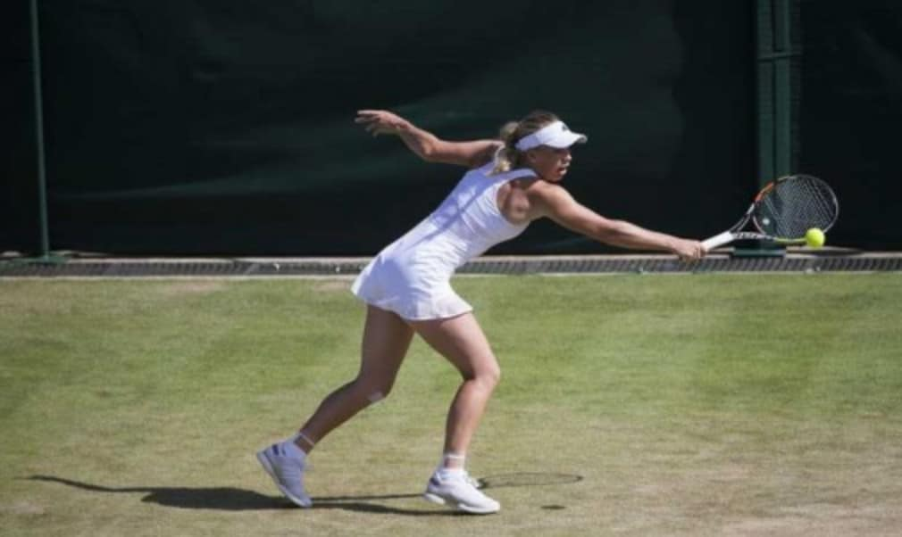 Former world No.1 Caroline Wozniacki believes she is close to being back to her best in time for Wimbledon following a spell on the side-lines