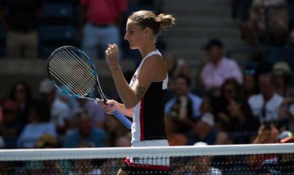 Karolina Pliskova is though to the semifinals of the US Open with her straight sets victory over 18-year-old Ana Konjuh