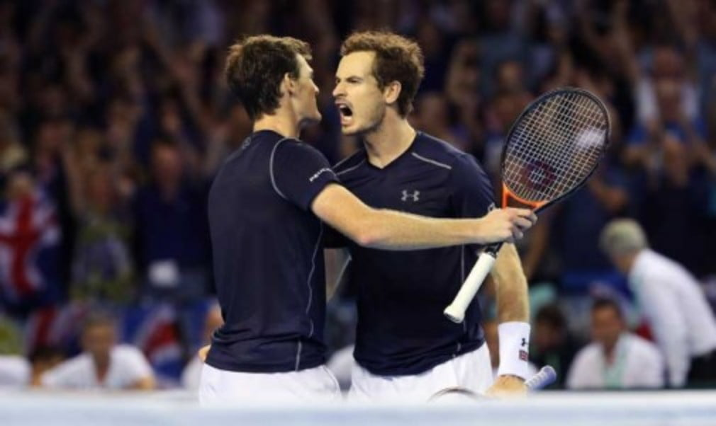 Leon Smith faces one of the biggest decisions of his Davis Cup career as his Great Britain team go into the last day of their semi-final against Argentina at the Emirates Arena in Glasgow.