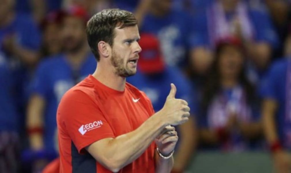 Leon Smith put Great BritainŠ—Ès Davis Cup quarter-final defeat to France into perspective following his teamŠ—Ès 4-1 defeat in Rouen