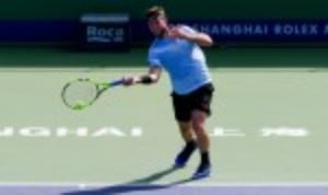 Jack SockŠ—Ès bid to win the Nitto World Tour Finals is back on track after a dramatic 5-7 6-2 7-6(4) win over Marin Cilic in London
