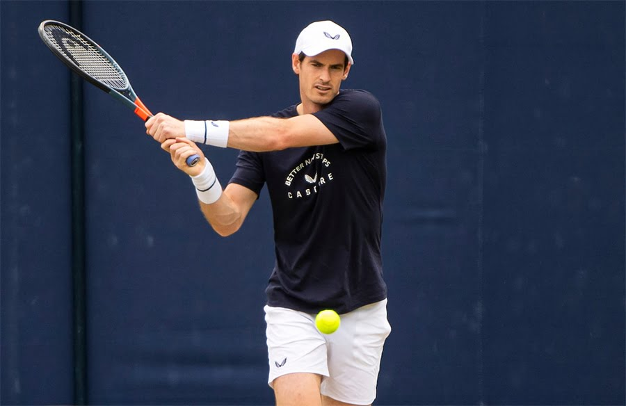 Andy Murray practicing at Queen's