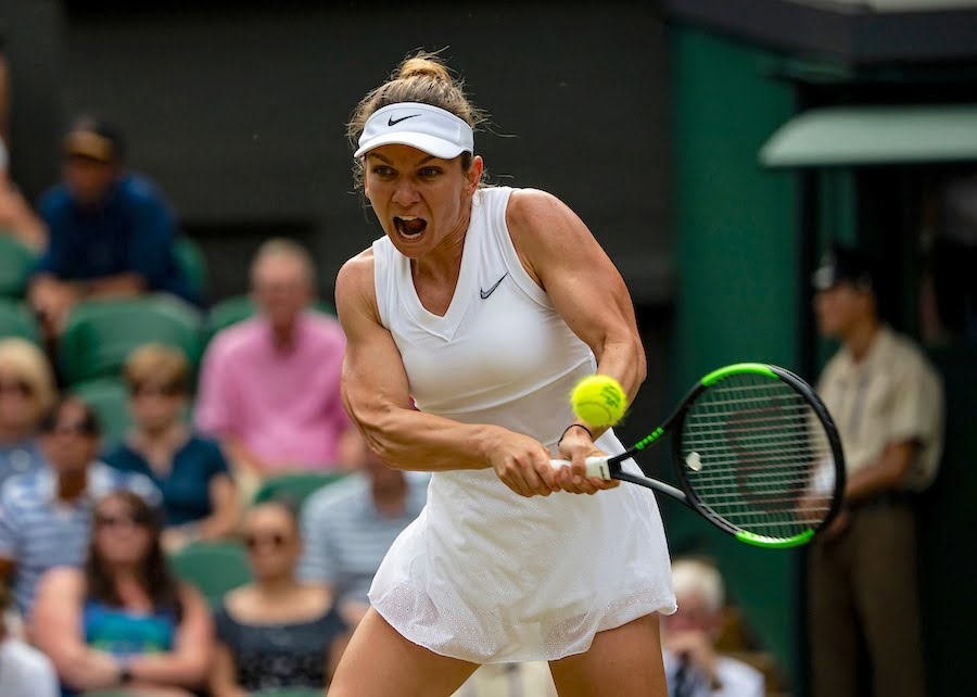 Simona Halep battles through to the 4th round at Wimbledon 2019