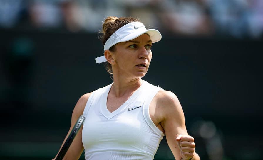 Simona Halep Wimbledon 2019 clenches fist