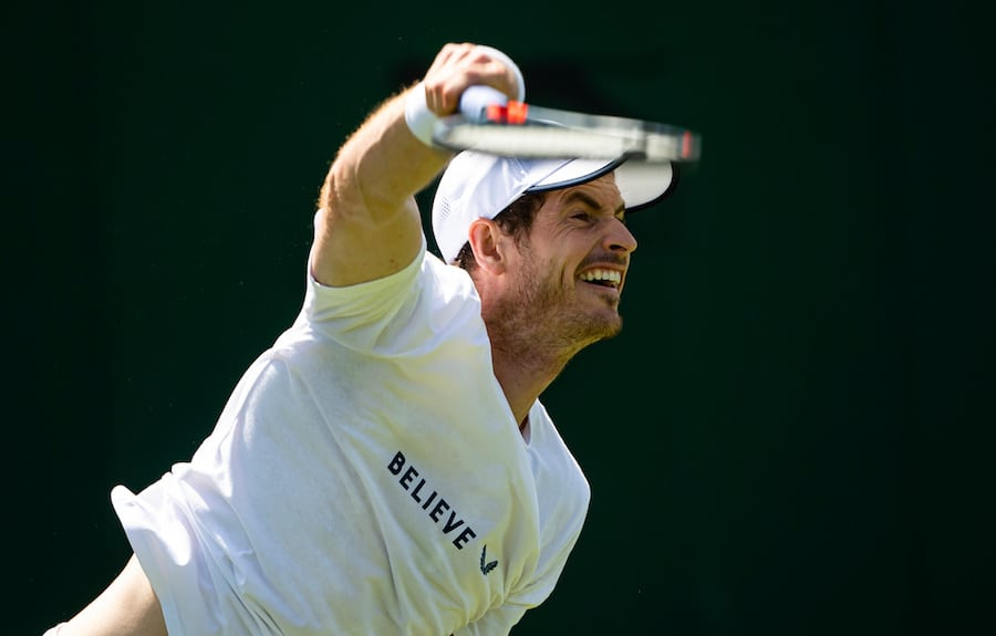 Andy Murray practises serving