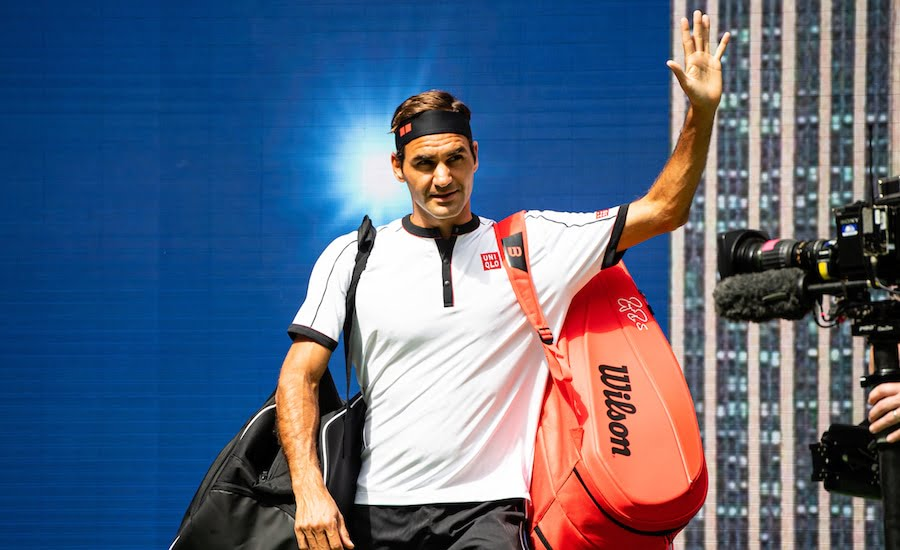 Roger Federer US Open 2019 waves to crowd