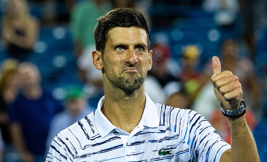 Novak Djokovic thumbs up