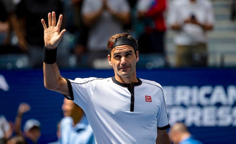 Roger Federer waves at US Open 2019