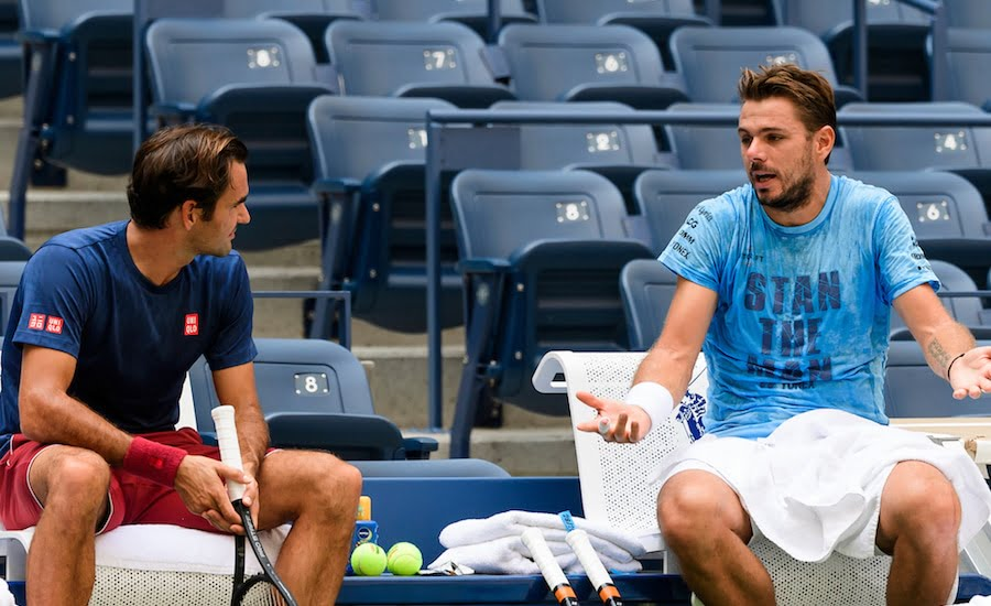 Stan Wawrinka in heated discussion with Roger Federer