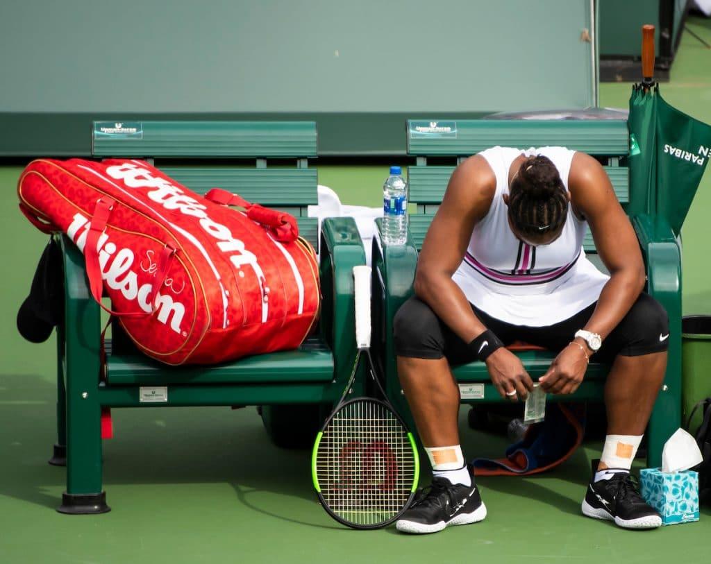 Serena Williams head in hands