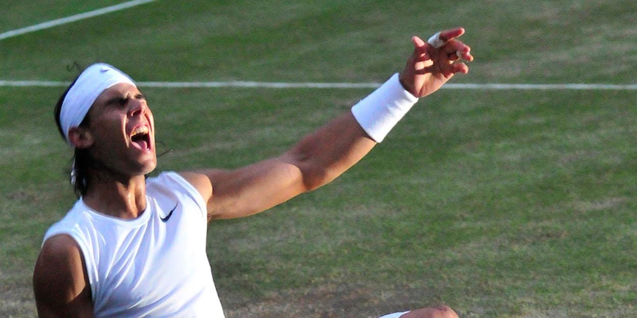 Rafa Nadal beats Roger Federer Wimbledon 2008 final