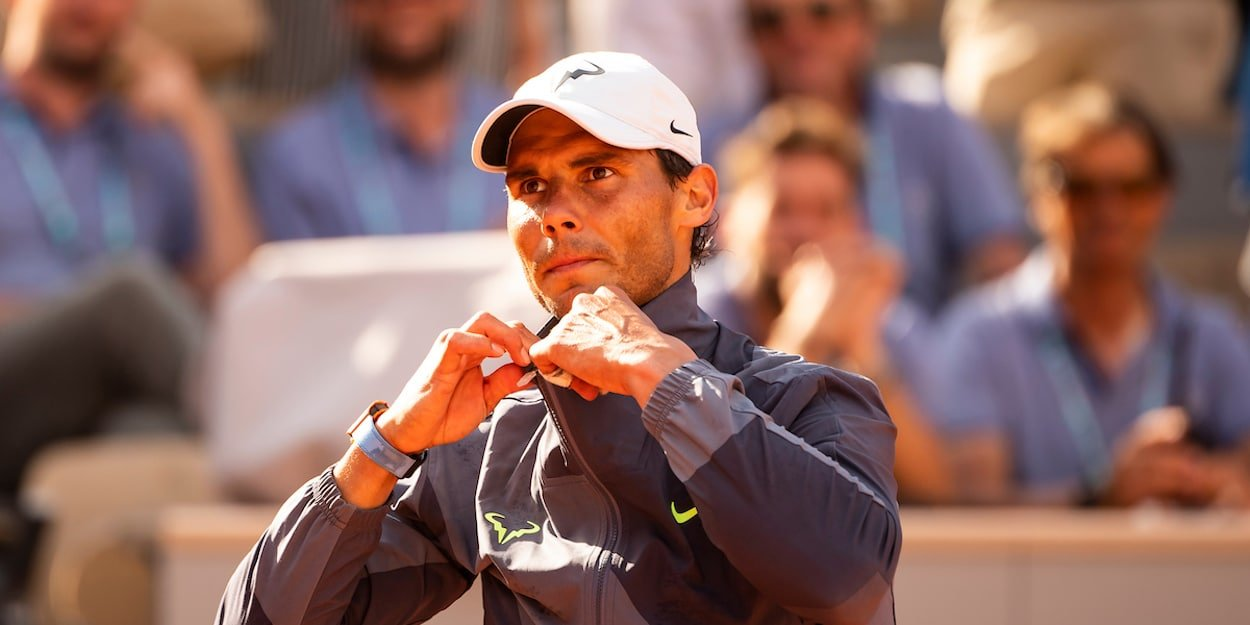 Rafa Nadal French Open 2019 takes off top