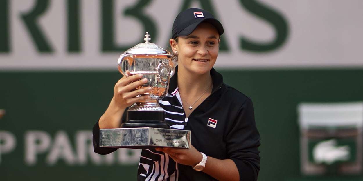 Ashleigh Barty with French Open trophy