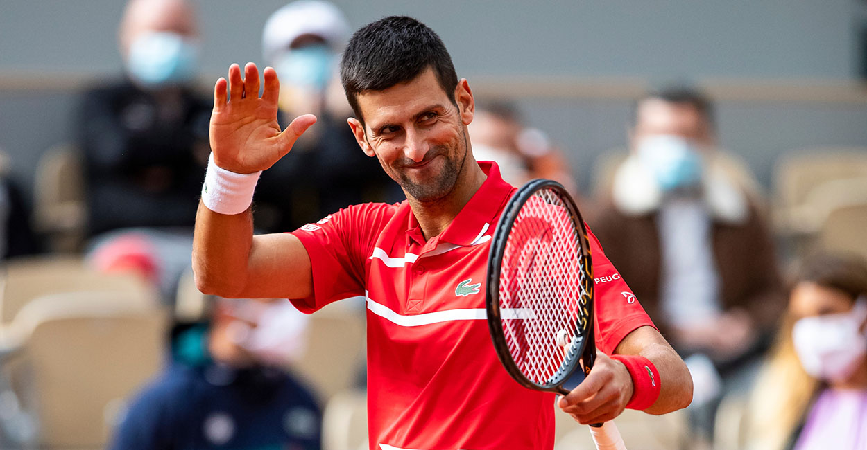 Novak Djokovic acknowledges Roland Garros crowd